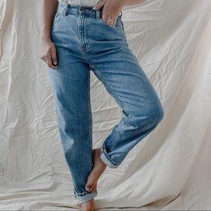 L.L. BEAN   Vintage Double L Medium Wash High Rise Tapered Leg Mom Jeans Sz 6